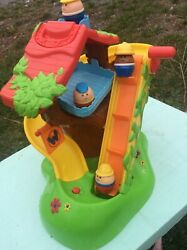 2009 Hasbro Weebles Wobble Musical Treehouse Slide W/ Sounds + 4 Weeble Figures