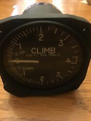 United Instruments Inc. Vertical Speed Indicator P/n 7040- C11 Or 7040-11