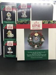 Hallmark 1990 Little Frosty Friends Memory Wreath With 4 Ornaments. Complete Box