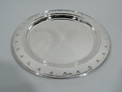 Saint Dunstan Tray - 16471 - Antique Round - American Sterling Silver