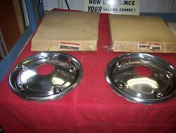 1960's 1970's Nos Chevy Gmc Truck Accessory 4wd 15 Inch Full Front Hubcaps Pair