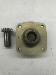Continental O-200 Vacuum Pump Adapter With Gear