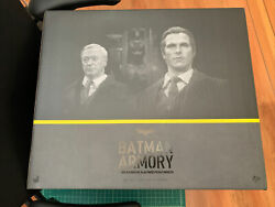 HOT TOYS MMS236 BATMAN ARMORY WITH BRUCE WAYNE AND ALFRED PENNYWORTH OPENED