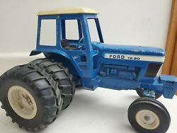 Ford Tw 20 1980and039s Farm Toy Dual Back Wheels Tractor 1/12 Ertl