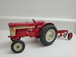 1/16 Ih International Model 340 Utility Tractor With Fast Hitch W 3 Bottom Plow