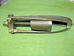 Vintage K.r.wilson M8-120 Puller Tool - Collectible - Will Need Work To Use It