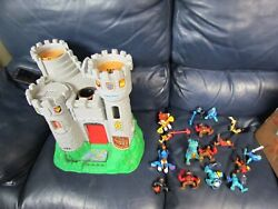 1994 Fisher Price Great Adventures Medieval Castle With Figures