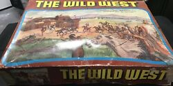 The Wild West Play Set Action Models Vintage Cowboys + Indians Fort Toy - Jw092