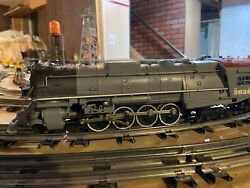 Lionel Northern Pacific 4-8-4 Northern Locomotive And Tender 10 Car Bundle