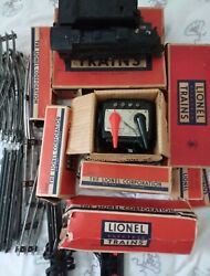 1952 Lionel 0 Gauge Model Train Set Whistles And Smokes Pre-owned Great Condition