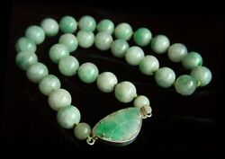 Stunning Vintage Grade A Jadeite Jade Sterling Butterfly Clasp Necklace