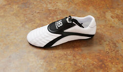 New Balenciaga And039zenand039 Low Top Sneakers White Black Womens 9 Us 39 Eur. Msrp 595