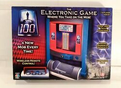 1 Vs 100 The Electronic Game Where You Take On The Mob - Irwin Toy 2007 Rare