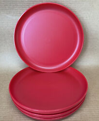 Tupperware Radiance Plates 9 1/2'' Round Set Of 4 Dishes Red 6217 New