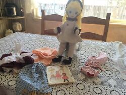 18 Inch Girl Cloth Doll And Lot Of 6 Sets Of Clothes-patterns From 1961 Mccalls