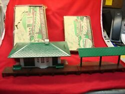 Vintage Plasticville Rs-8 Passenger Station + Lm-3 Freight Station - Nice Duo