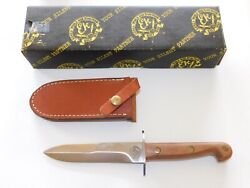 Ek Knives Effingham Il Usa Wd-10 Aussie Bowie Fighting Knife With Leather Sheath