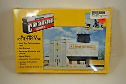 Nos Walthers Cornerstone R.j. Frost Ice And Storage N Scale Building - 933-3220