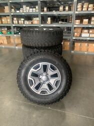 Jeep Rubicon Wheels 17 In Bfgoodrich Rims And Tires / Mud-terrain 1 Set Of 5 Each