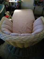 Old Vintage Custom Wicker Chaise Lounge Chair Excellent Condition