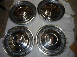 1970 Oldsmobile 98 Hubcaps Set/4 Reconditioned Nice