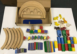 Vintage Rhyme And Reason Learning Circles Train Set +10 Wooden Animals