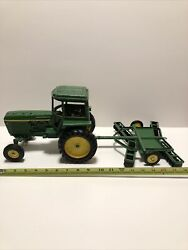 Vtg 60s Ertl 1/16 John Deere Tractor With Toy Disc 528 - Made In Usa - Metal