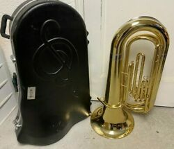 3/4 Size Tuba With Hard Shell Case Used Why Rent Local Pick Up Only.