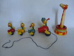 Vintage Wooden Toys Four Ducks Pull Toy Moving Wings Giraffe Ring Toss Set Of 2