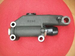 New 1941-1954 Plymouth Dodge Desoto Chrysler Imperial Master Cylinder