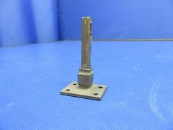 Cessna P210n Latch Pin And Guide Cabin Door 2117127-2 2117124-1 0521-337