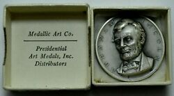 1951 Abraham Lincoln 16-th Presidential Medal Medallic Art Co 999 Silver Round