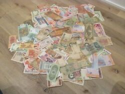 Set Of 200 Circulated Mixed Banknotes Assorted Foreign Currency Paper Money