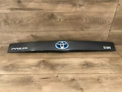 10_2015 Toyota Prius Rear Trunk Lid Trim Panel Tailgate Molding Panel Cover Oem