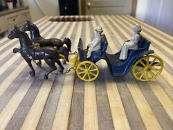 Antique Stanley Cast Iron Horse Drawn Buggy Carriage W Figures 🔥 All Original