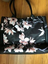 NWOT GORGEOUS Vooray Aria 20L Tote Women#x27;s CHERRY BLOSSOM $34.99