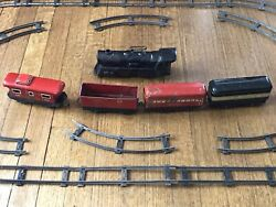 Vintage Marx Wind Up Toy Train Set Engine, 4 Cars And Track