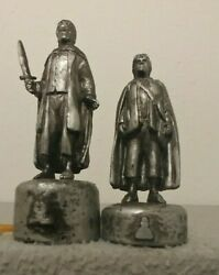 Lord Of The Rings Replacement Chess Pieces Frodo Bishop And Hobbit Pawn
