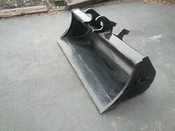 New 48 Grading Bucket For A John Deere 35 Zts With Zts Coupler