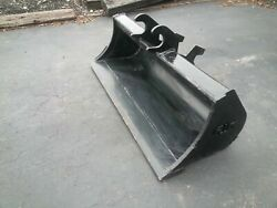 New 48 Grading Bucket For A John Deere 27 Zts With Zts Coupler