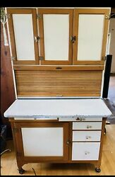 Antique Sellers 'hoosier' Cabinet. 1900's Indiana Made. With Flour Sifter.
