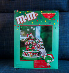 Dept. 56 Snow Village Holiday Candy Dish New Christmas Lighted