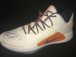 Devin Booker Autographed 2018-19 Game Issued Pe Shoe - Nba Serial Hologram