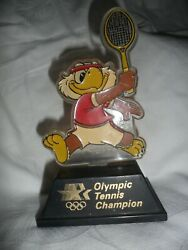 Vintage 1984 Olympic Champion Trophy Tennis Sam The Eagle Applause Taiwan 6