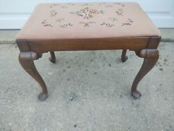 Vintage Wooden Stool Bench Ottoman Floral Needlepoint Top Queen Anne Legs
