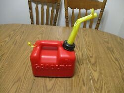 Vintage Chilton P10 Gas Can 1 Gallon Vented With Spout