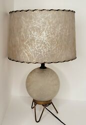 Vtg Globe Crackle Frosted Glass W/ Fiber Glass Shade 3-way Light Table Lamp