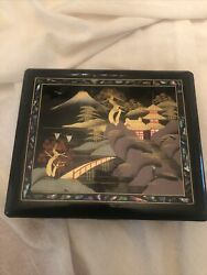 Beautiful Vtg Japanese Black Lacquer Hand Painted Jewelry Music Box