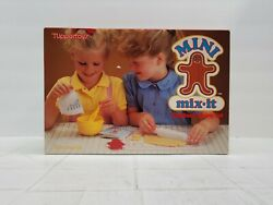 Tupperware Toys Mini Mix It Childrenand039s Mixing Set Vintage Cook Bake With Box