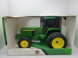 John Deere 4960 Tractor With Mfwd, Cab, And Duals 1/16th Scale Farm Toy By Ertl